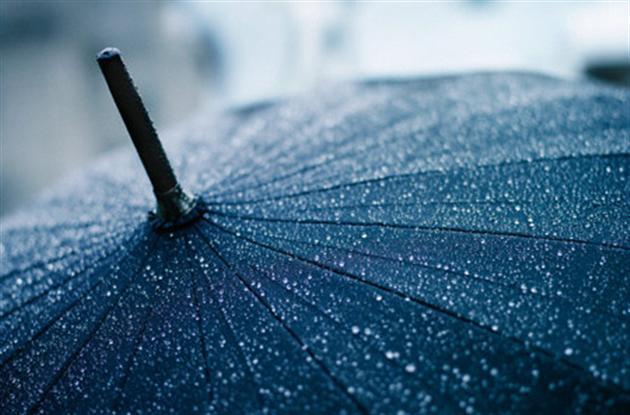 Желто-коричневый дождь накрыл Пермский край