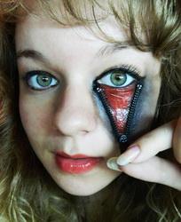 Cтрашный макияж на Хэллоуин