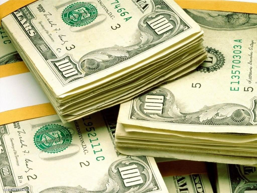 Ритуал на деньги с зеленой свечой